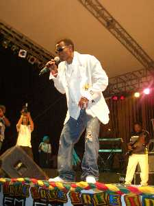 Wayne Wonder at Western Consciousness 2005 photo by Claudette Brown